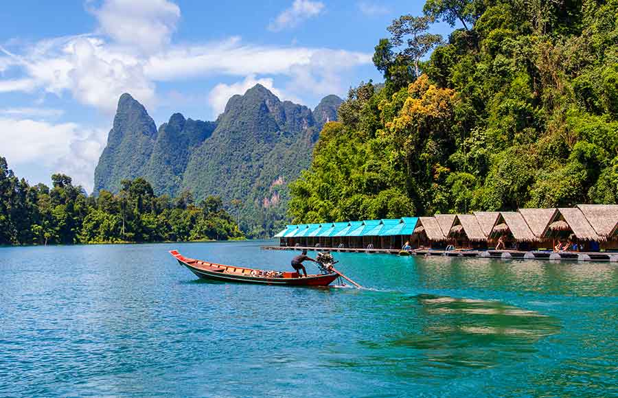beautiful-mountains-lake-river-sky-natural-attractions-ratchaprapha-dam-khao-sok-national-park