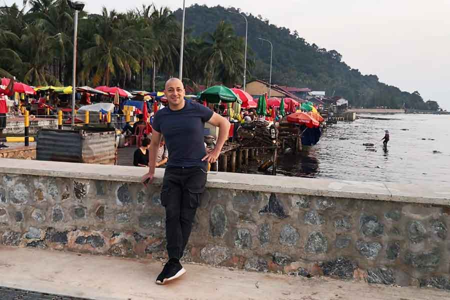 A-Complete-Guide-to-Visit-Kep.-Seafood-Market-on-the-beach.