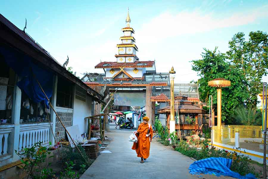 Pai tours and attractions