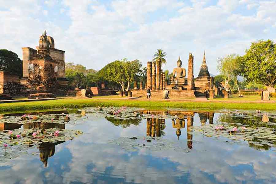 A weekend at Sukhothai Thailand. The Wat Mahathat